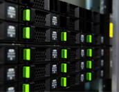 ログ管理で情報セキュリティ対策! 対策と課題、システム機能をご紹介