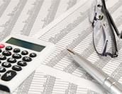 企業会計に欠かせない会計ソフトの基本的な機能一覧