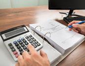 会計ソフトの導入費用と運用費用はどれくらい?種類別に解説!