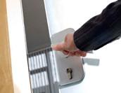 入退室管理システムでログを管理することの重要性 | システム選定のポイントも紹介