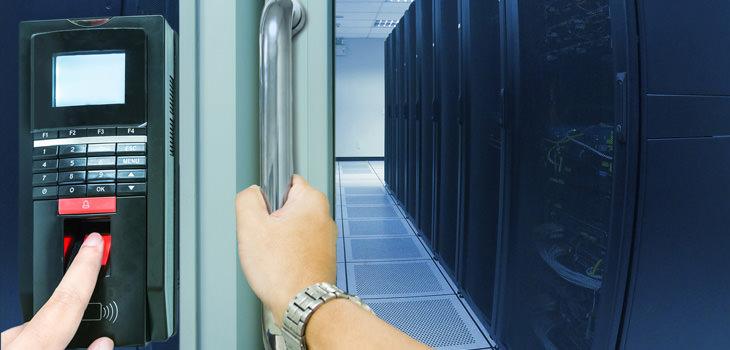 入退室管理システム、リプレイスのタイミングと注意点は?