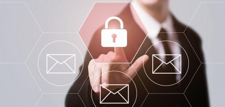 メール暗号化システムとは?導入のポイントもご紹介