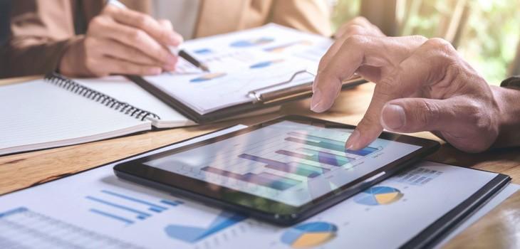会計アプリの機能や注意点とは?アプリが使える会計ソフトを紹介
