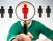 人事は何をやる仕事?業務内容や必要なスキル、労務との違いを解説