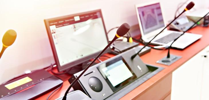 テレビ会議用スピーカー・マイク・カメラを紹介!人数別で選ぶ方法も