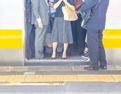 SuicaやPASMOの交通費精算方法|効率化にはシステムとの連携が鉄則?