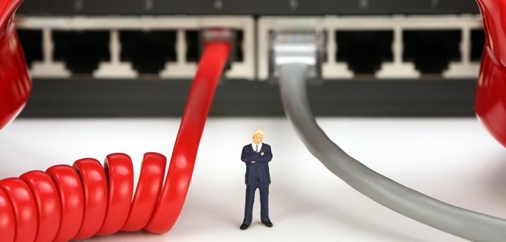 IP電話と光電話の共通点・違いとは?メリットとデメリットも解説!