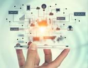 クラウドアプリケーション開発とは?普及背景やメリットを解説!