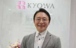 情報戦略グループ<br /> データ&VOC・マーケティングチーム チーム長<br /> 本田敏也氏